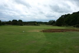 The view of the approach to the 2nd green from the right-hand side of the fairway.